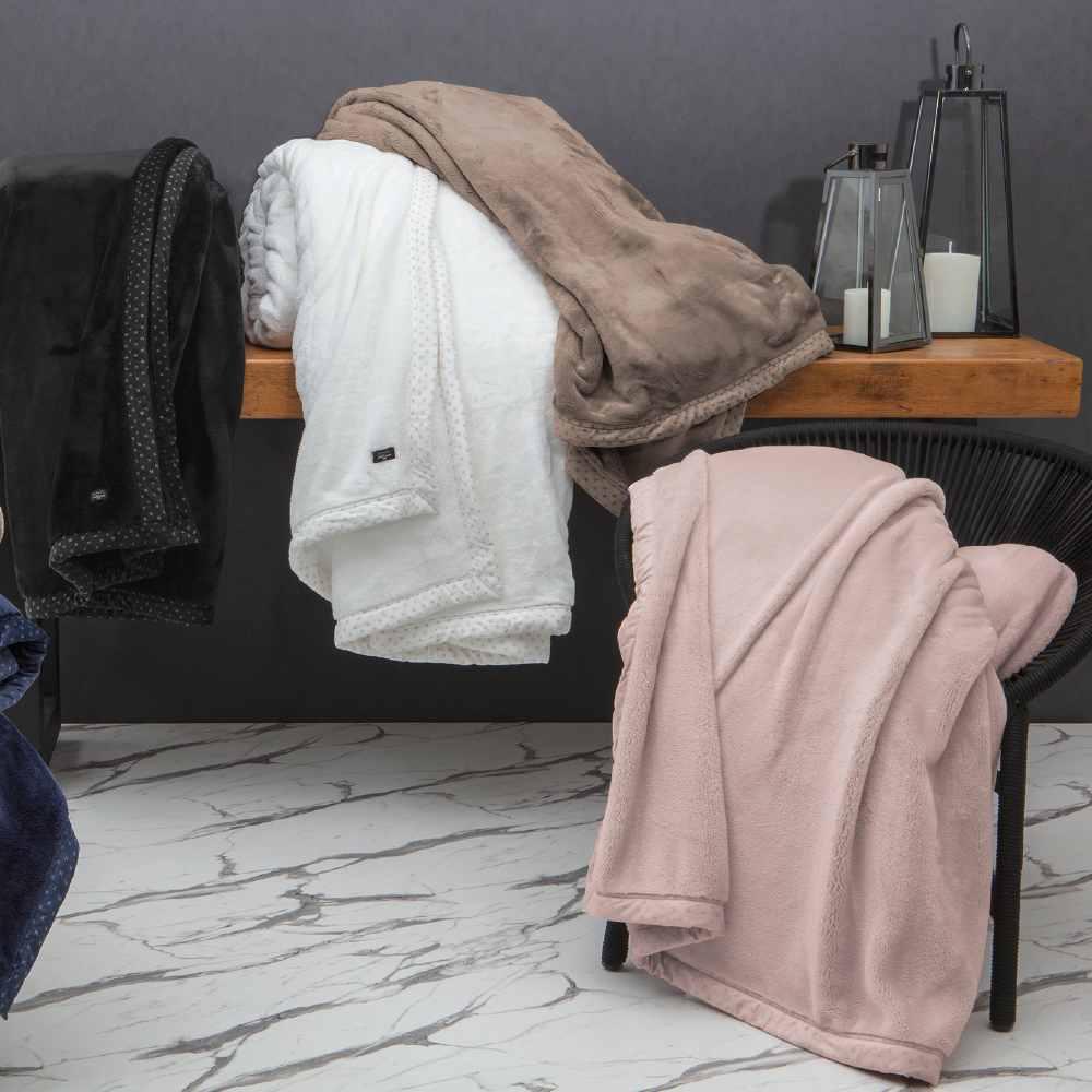 Cobertor Casal Blanket 700 Kacyumara