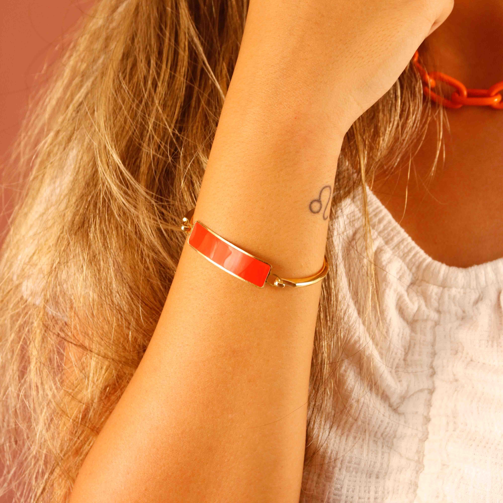 BRACELETE PLACA COLOR - CORAL
