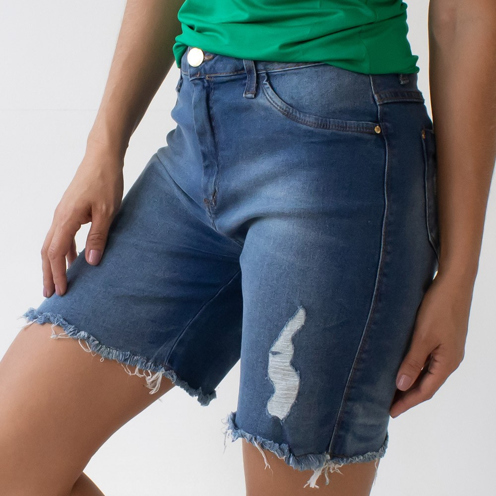 Bermuda Feminina Jeans Cintura Alta Barra Desfiada Anticorpus