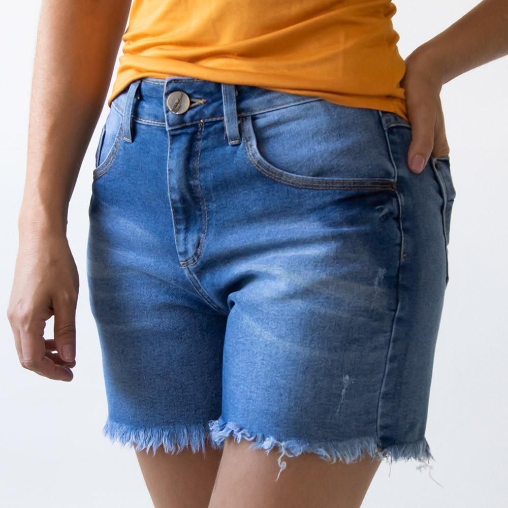 Bermuda Jeans Feminina Cintura Alta Barra Desfiada Anticorpus