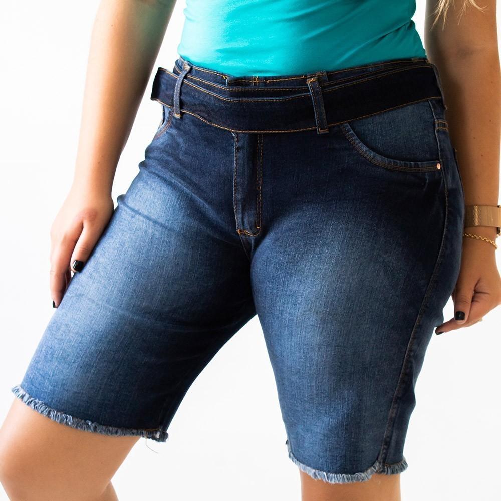 Bermuda Jeans Feminina Plus Size Barra Desfiada Cinto Anticorpus