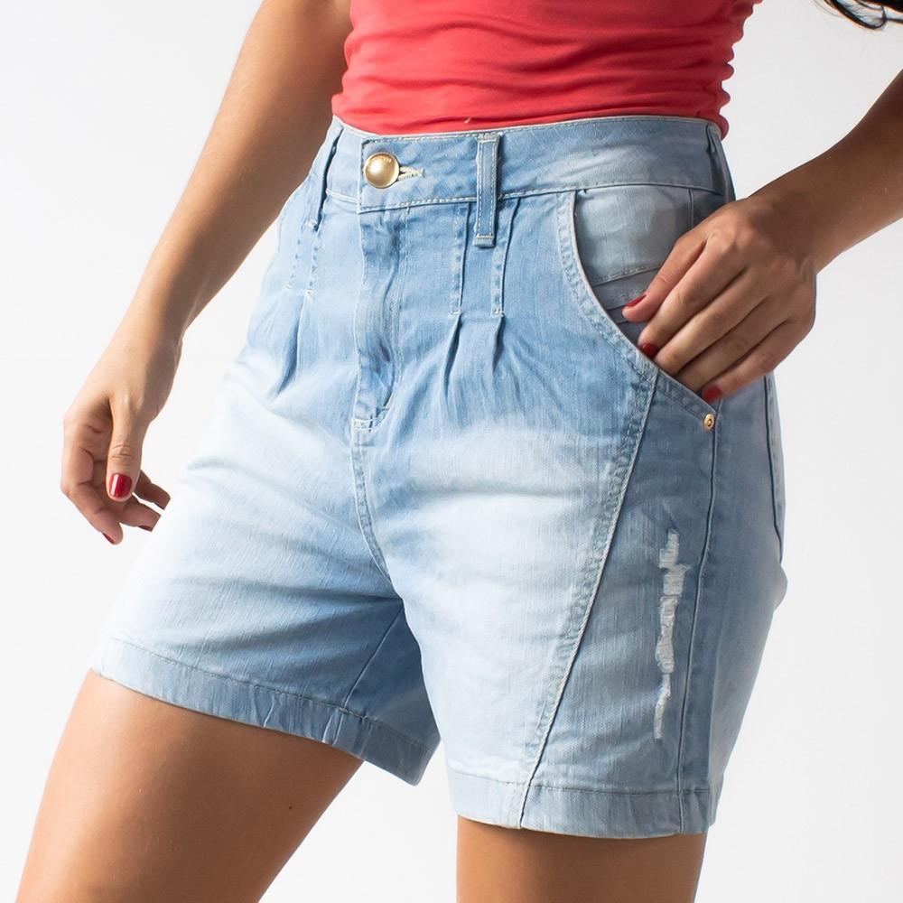 Bermuda Mom Alta Jeans Claro Feminino Com Puídos Anticorpus