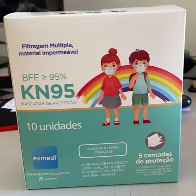 Máscara KN95 / PFF2 / N95  infantil vermelho colorida - caixa 10 unidades 5 camadas meltblow BFE 98% + feltro de coton + tnt spunbond hospitalar hipoalergenico
