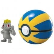 Pokemon Machop + Pokebola - Sunny