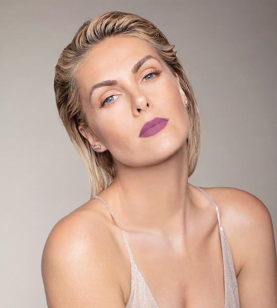 Ana Hickmann Batom Líquido 12Hs All Blush Nº06