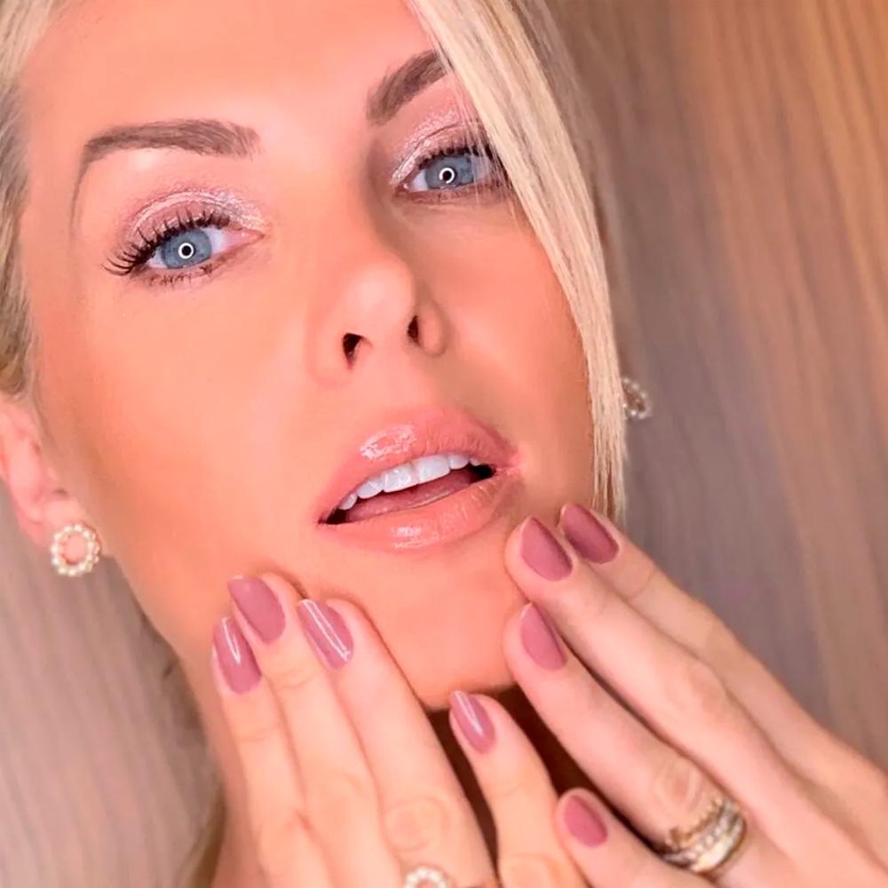 Ana Hickmann Gloss Labial Brilhando Sempre Nº02