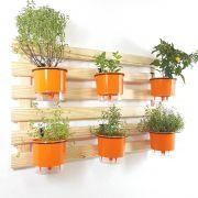 Horta Vertical Natural 60x100cm com 6 suportes e 6 Vasos Auto Irrigáveis Laranja