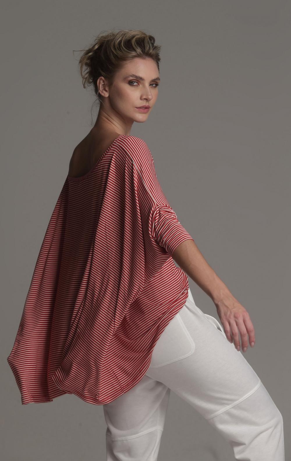 Blusa Ampla Malha Listrada - Foto 2