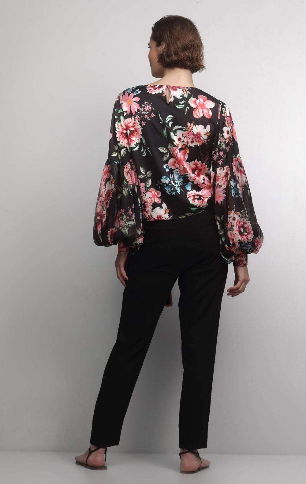 Blusa Cetim Floral - Foto 2