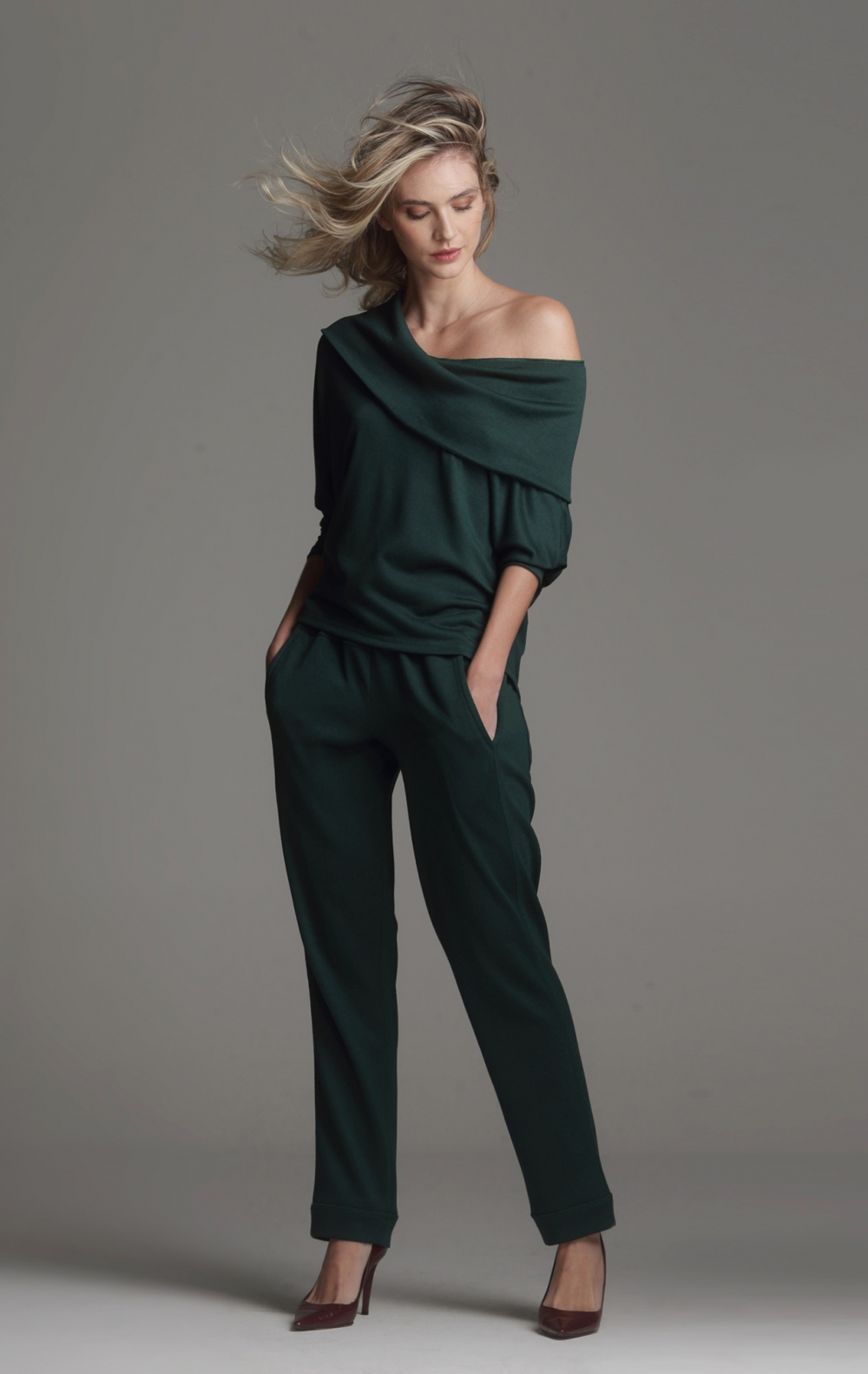 Blusa Malha Ombro a Ombro Verde - Foto 1