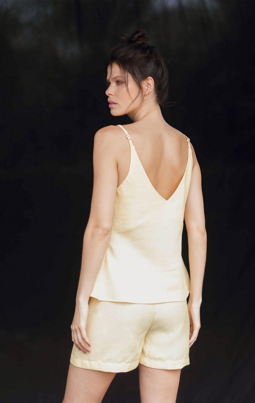 Conjunto Linho Shorts+ Regata Amarelo - Foto 3