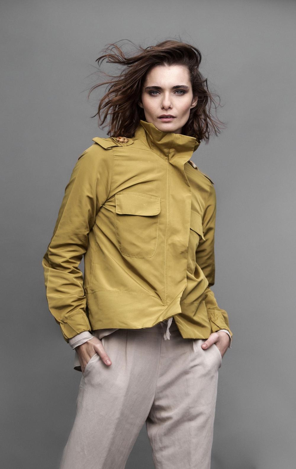 Jaqueta Valentina Dourada - Foto 1