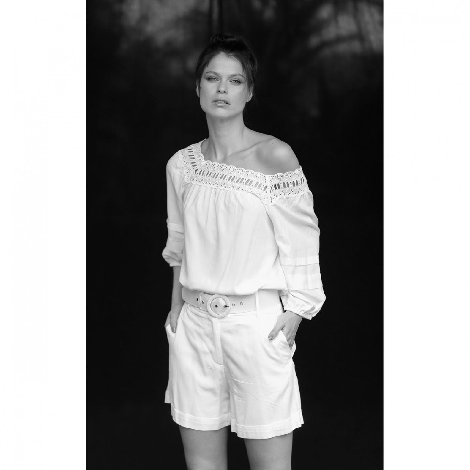 Shorts Linho com Cinto Off White  - Foto 1