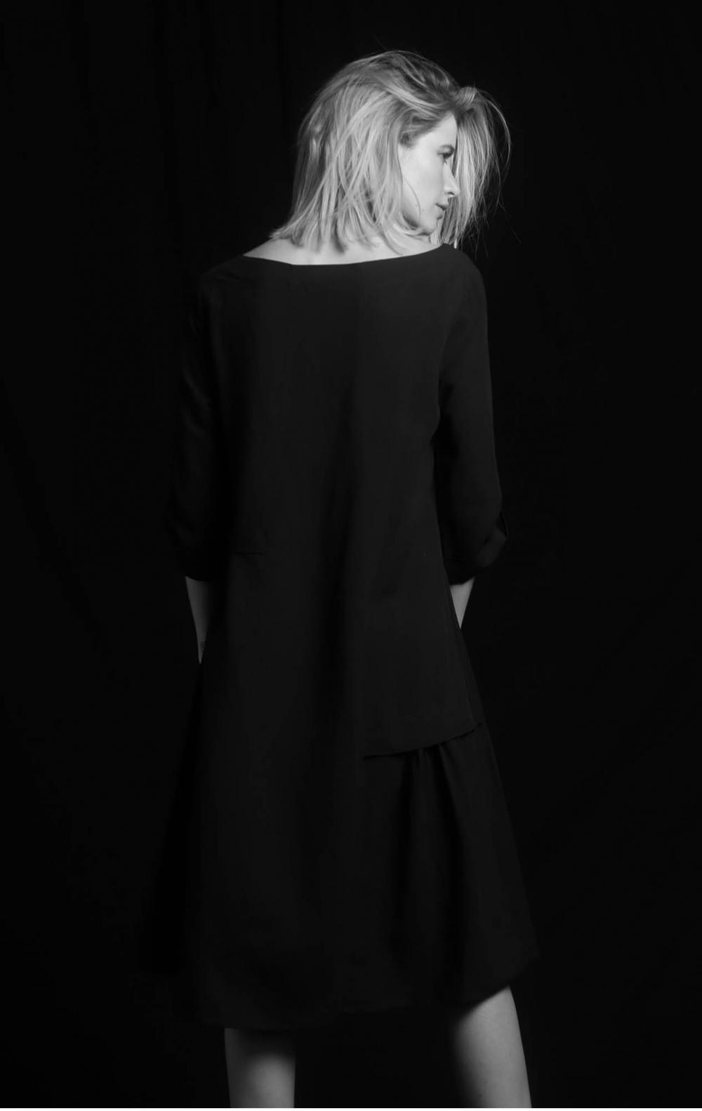 Vestido Linho Recortes Preto - Foto 2
