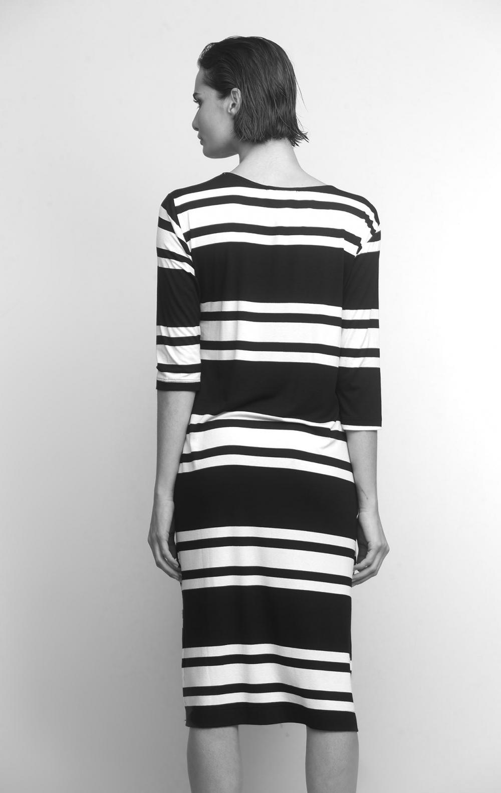 Vestido Malha Listrado Preto - Foto 4