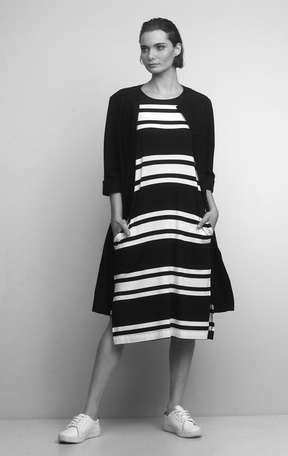 Vestido Malha Listrado Preto - Foto 2