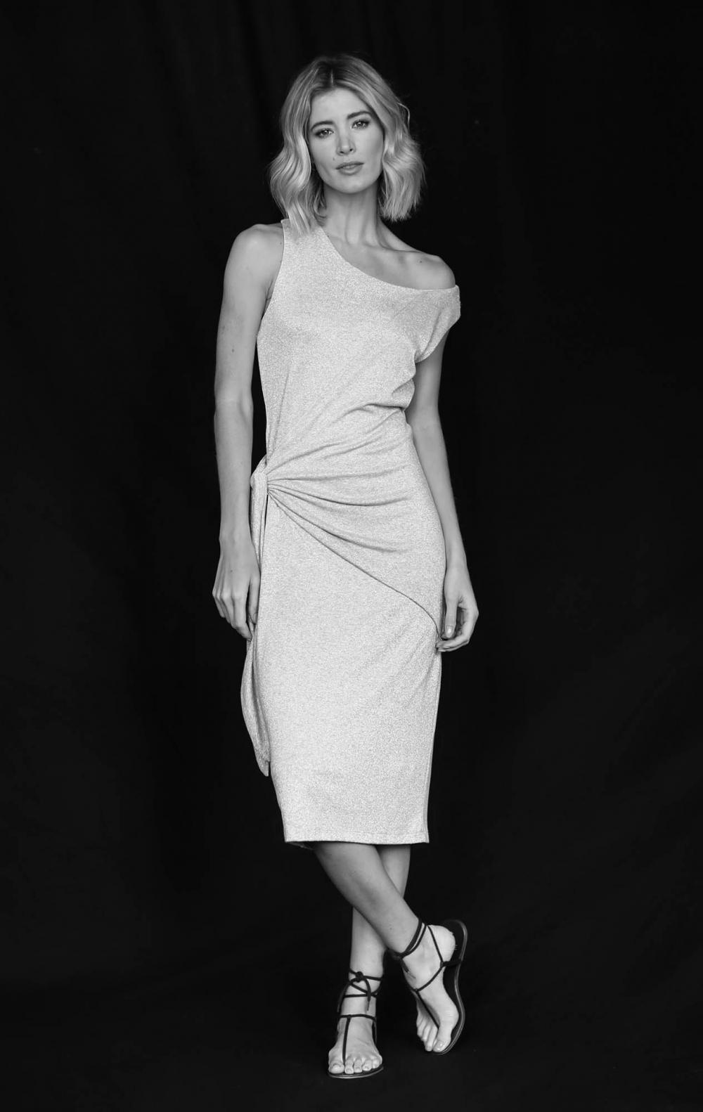 Vestido Malha Lurex Cinza  - Foto 1