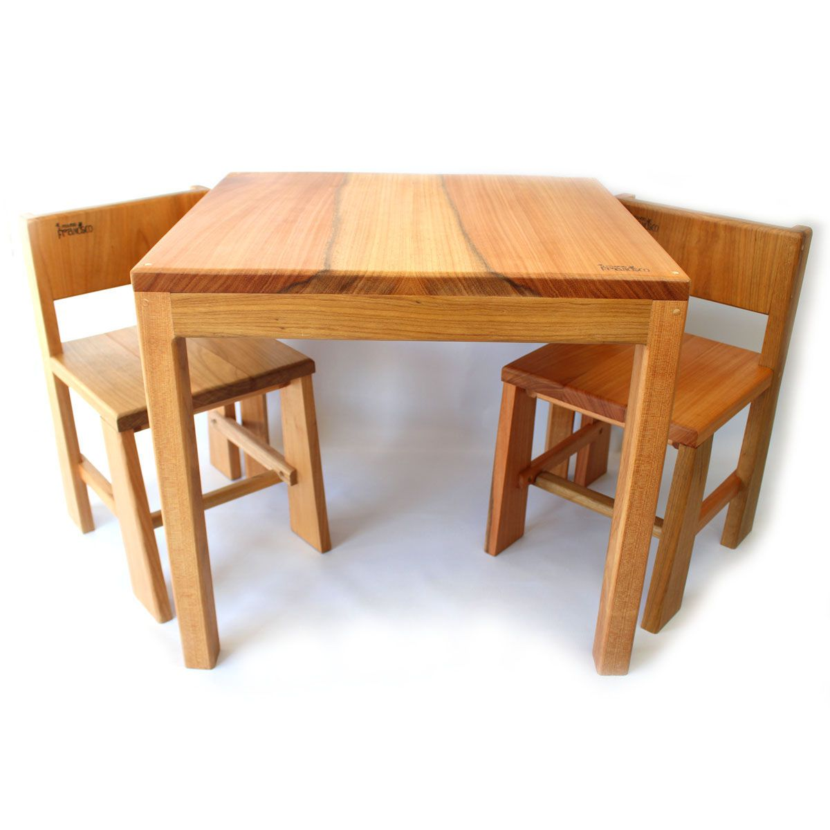 Conjunto de Mesa e Cadeiras O Pequeno Francisco  - O Pequeno Francisco
