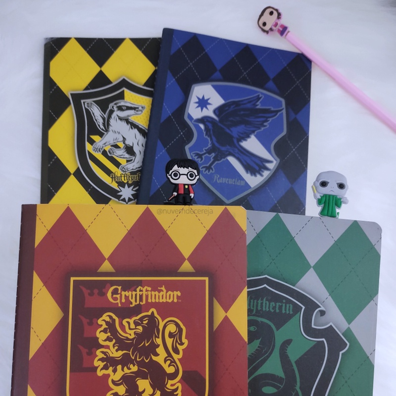 Caderno 1/4  Harry Potter  - Nuvem de Cereja