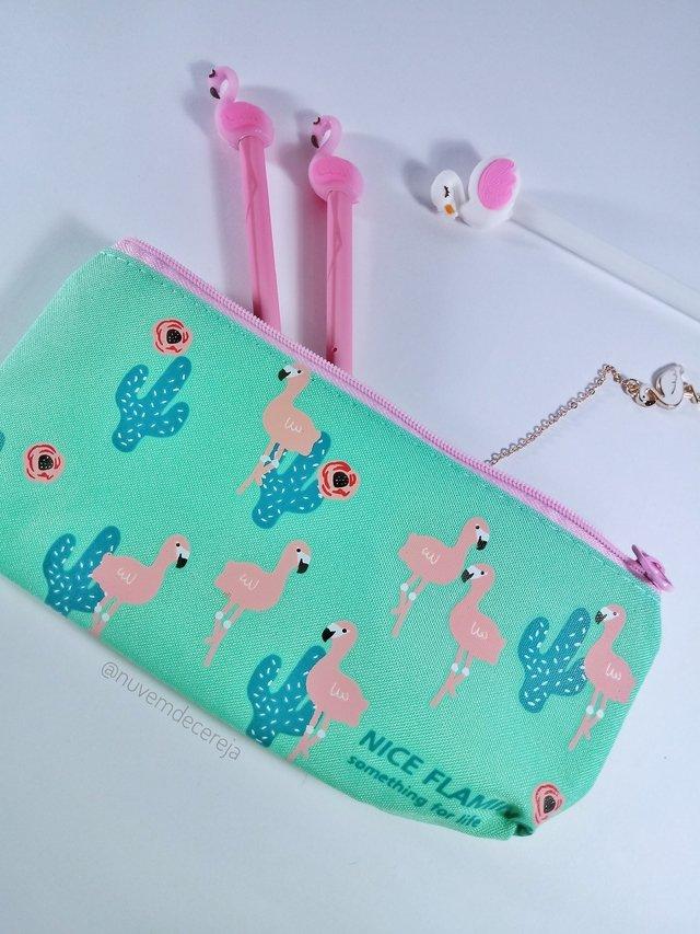 Estojo Flamingo e Cactos  - Nuvem de Cereja