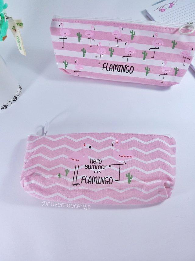 Estojo Flamingos Chanfrado  - Nuvem de Cereja