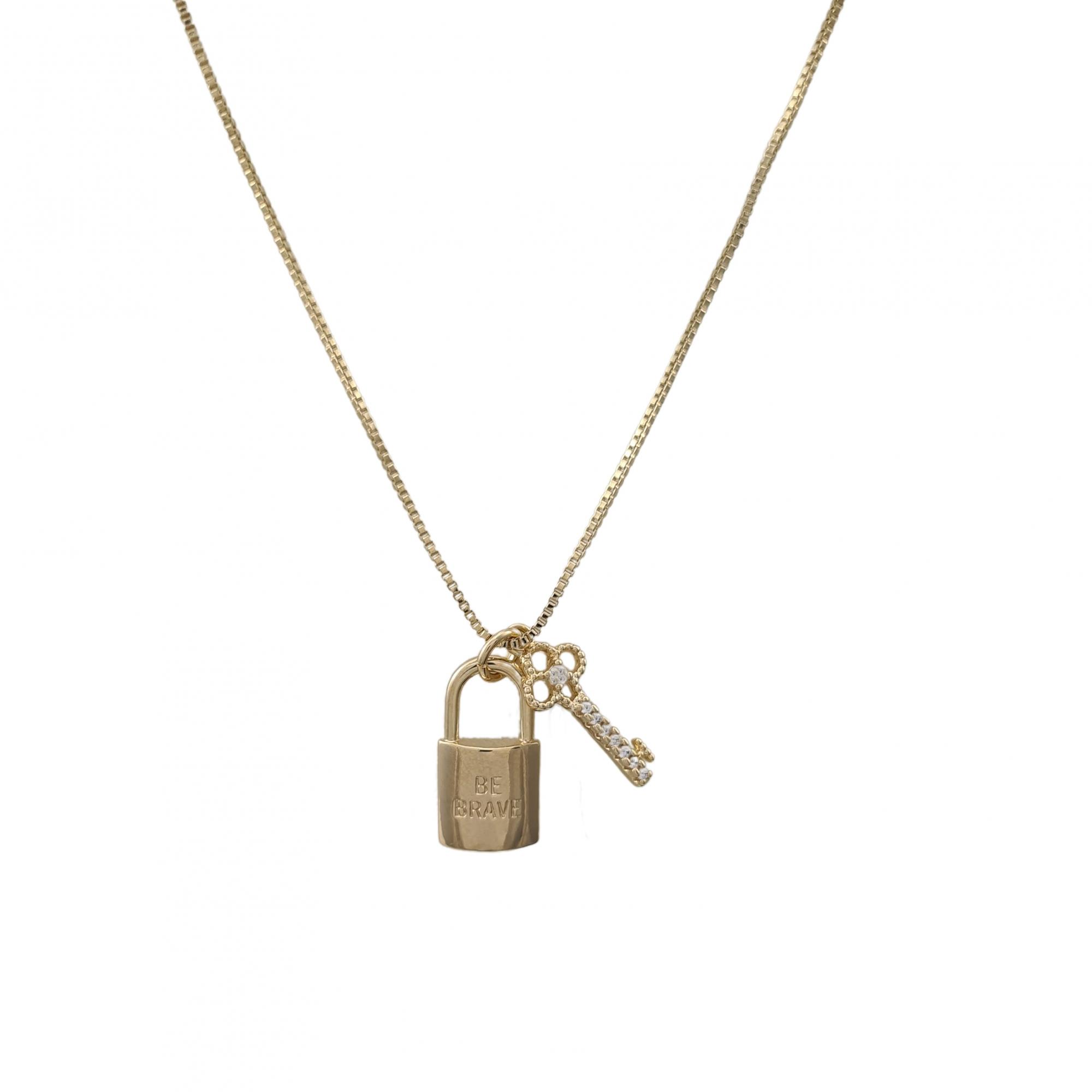 Colar Be Brave chave e cadeado banhado a ouro 18k