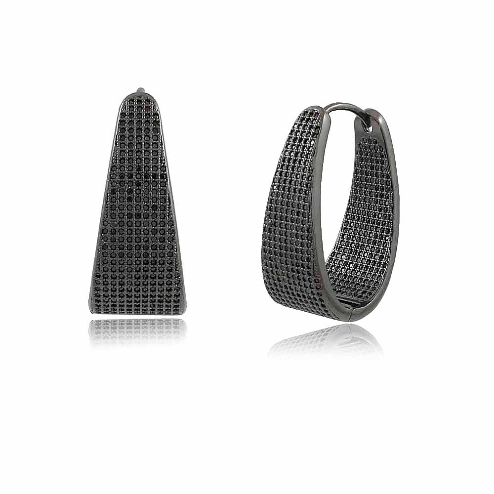 Brinco Delta: Brinco Argola Triangular Cravejada em Micro Zircônias Negras