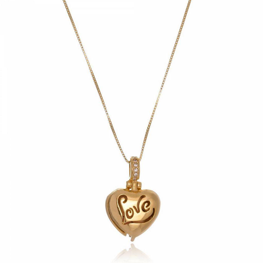 Colar Medalhão Love