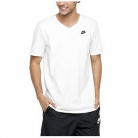 Camiseta Nike Sportswear Club Tee-V Neck
