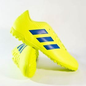 Chuteira Adidas Nemeziz 18.4 TF Society