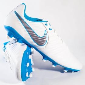 Chuteira Nike Legend 7 Academy FG