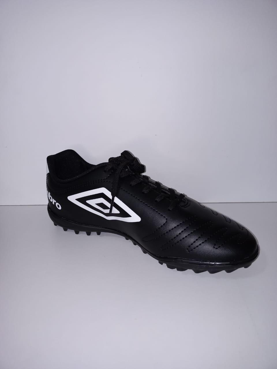 Chuteira Umbro Society Soccer Shoes Class