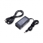 Fonte Notebook 19V 3.42A 65W, Conector 5,5 x 2,5 mm FT036