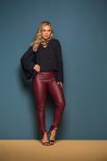 Calça Feminina Couro Eco Skinny Com Zíper Traseiro
