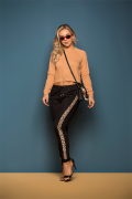 Calça Feminina Jogger Preta com Faixa Lateral em Animal Print (Elastano)
