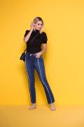 Calça Jeans Feminina Flare Azul Escuro Desfiada