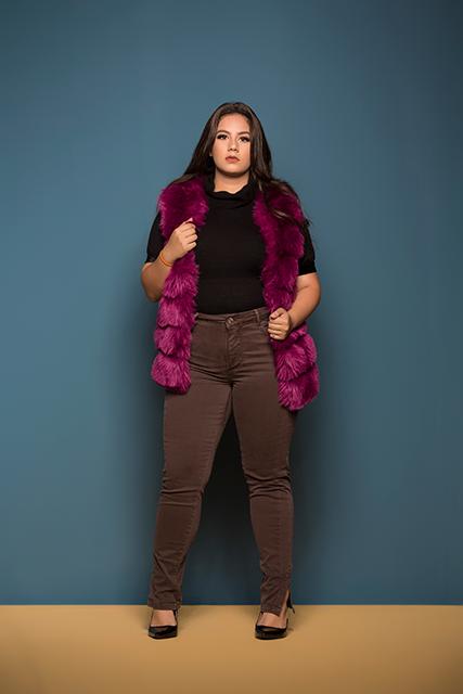 Calça Feminina Colorida Plus Básica