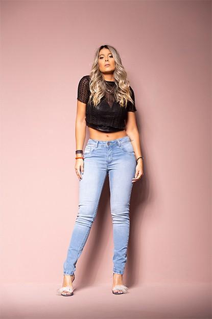 Calça Jeans Feminina Levanta Bumbum Azul Claro
