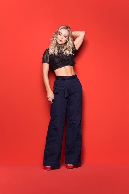 Calça Jeans Feminina Pantalona Azul Escuro com Cinto