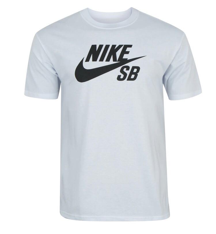 Camiseta Nike SB Logo Tee Branco