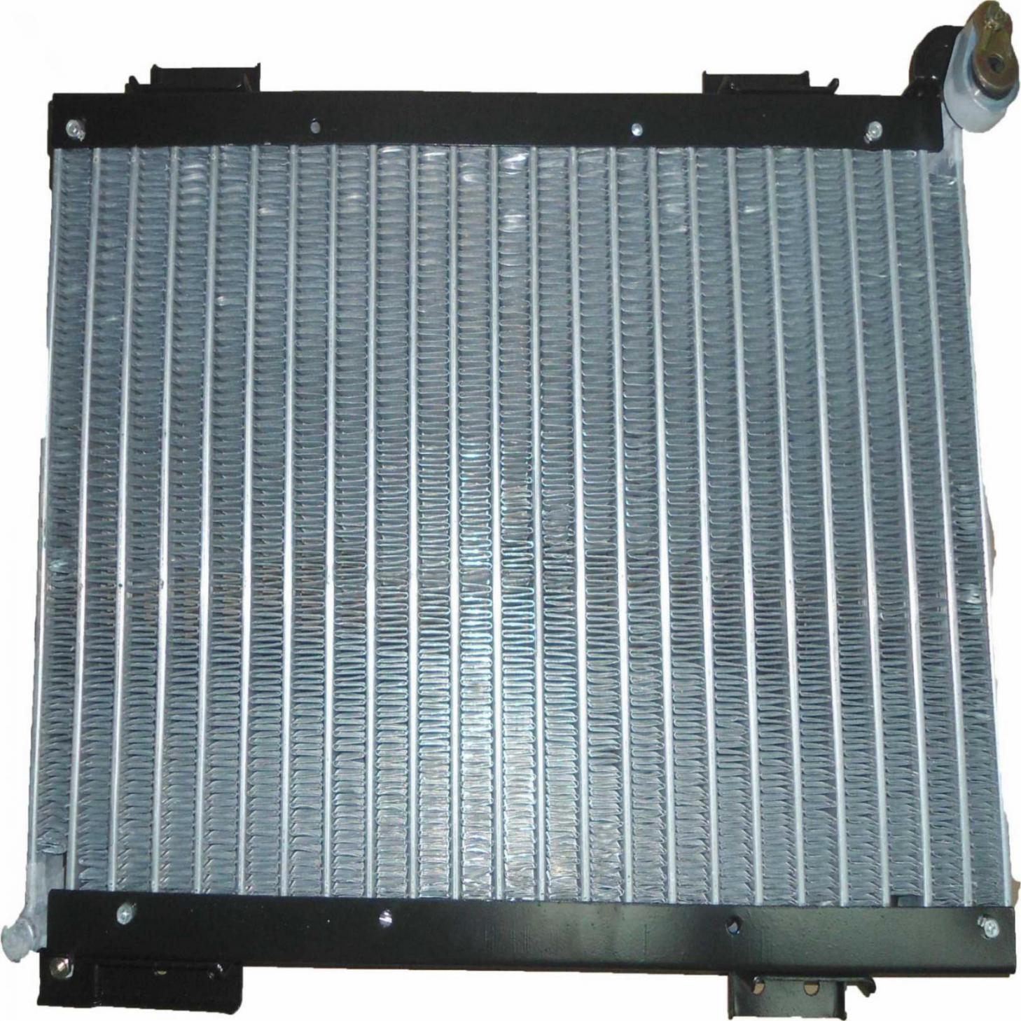 Condensador - Volvo Vm 260/310/330/350 08 Oem-82280051