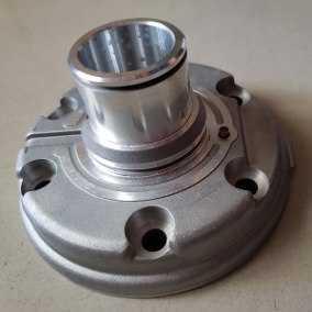 Tampa Dianteira Compressor - Denso 6P148