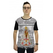 Camiseta Religiosa Masculina Nossa Senhora de Nazaré Preto - Frui Vita REF: CF-071