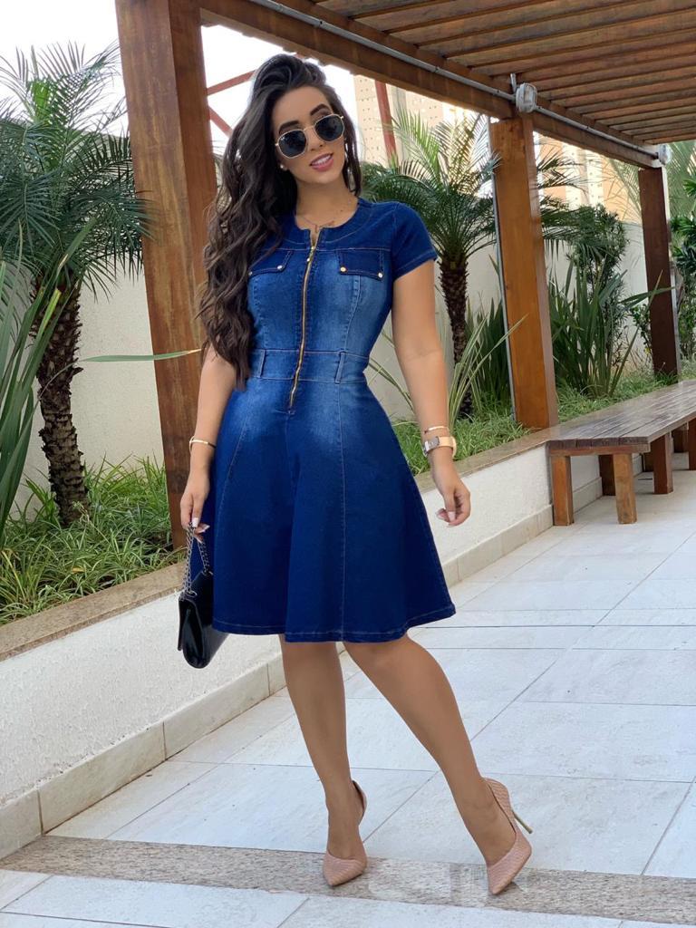 Vestido Evasê Jeans com Zíper