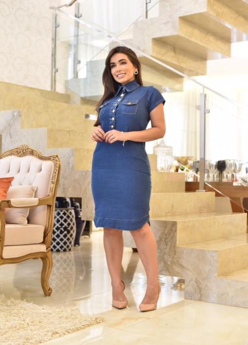Vestido Jeans Azul Escuro Com Gola Alta e botões - Bolsos Embutidos - Tubinho