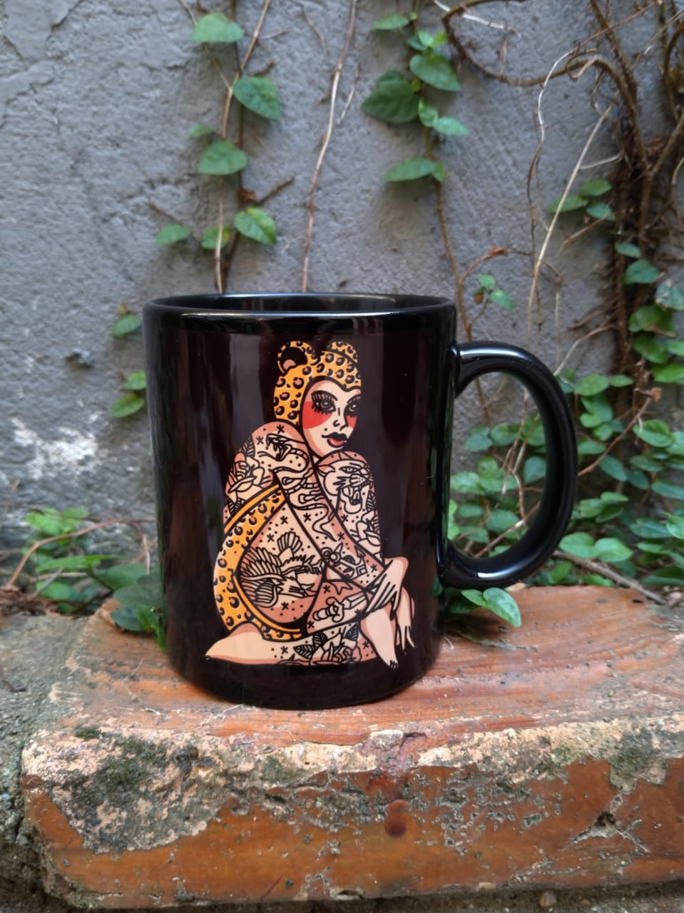 Caneca New Custom Pin  Up Onça