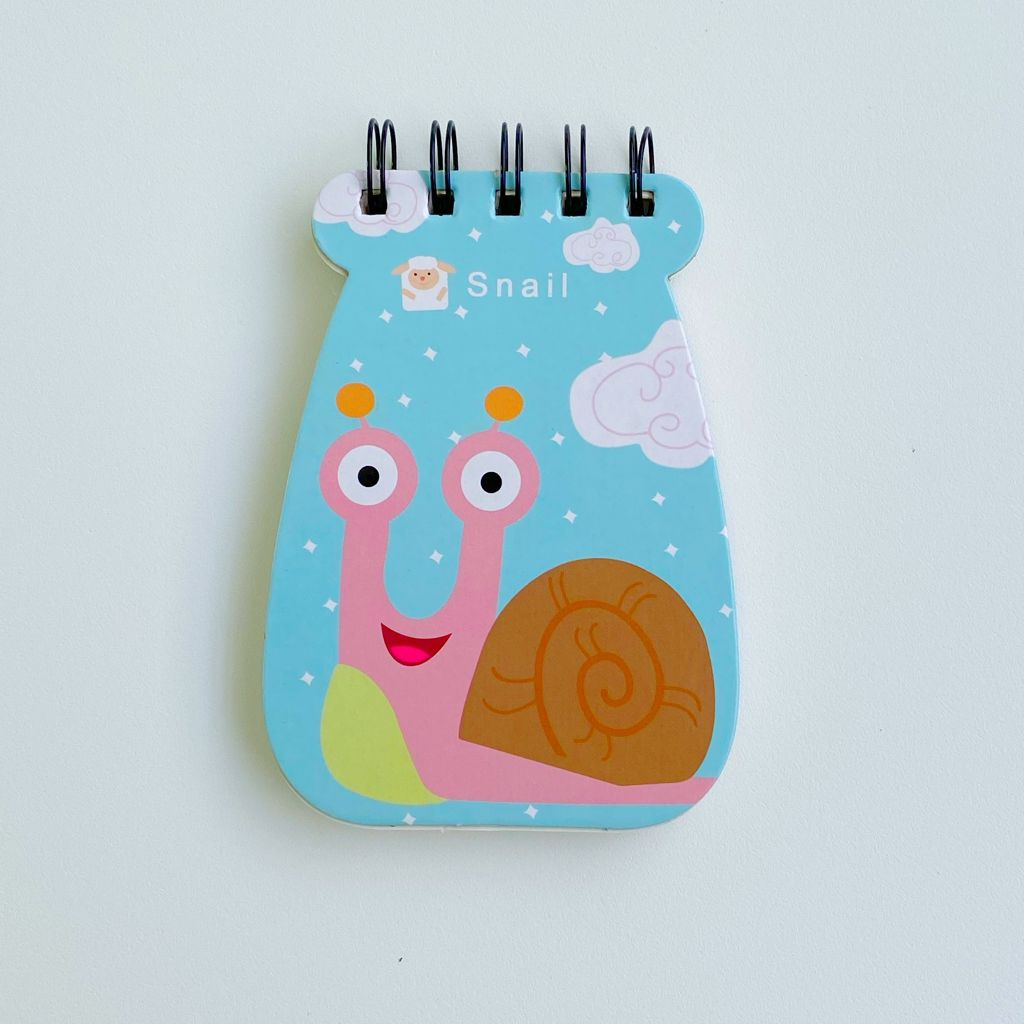 Caderneta animada pautada com capa dura e estampa colorida | importados