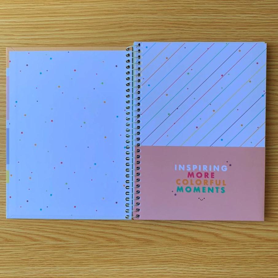 Caderno Happy Colors Folhas Coloridas e brancas com Pauta 80 folhas   Tilibra