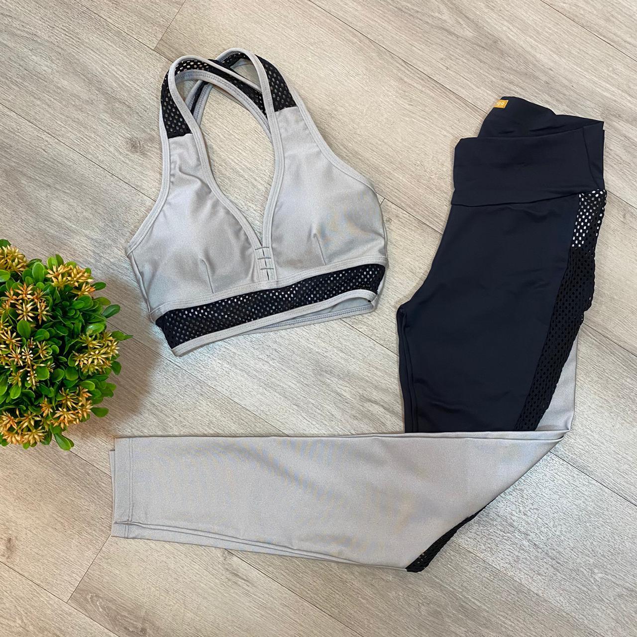 Conjunto Fitness Cinza Tela