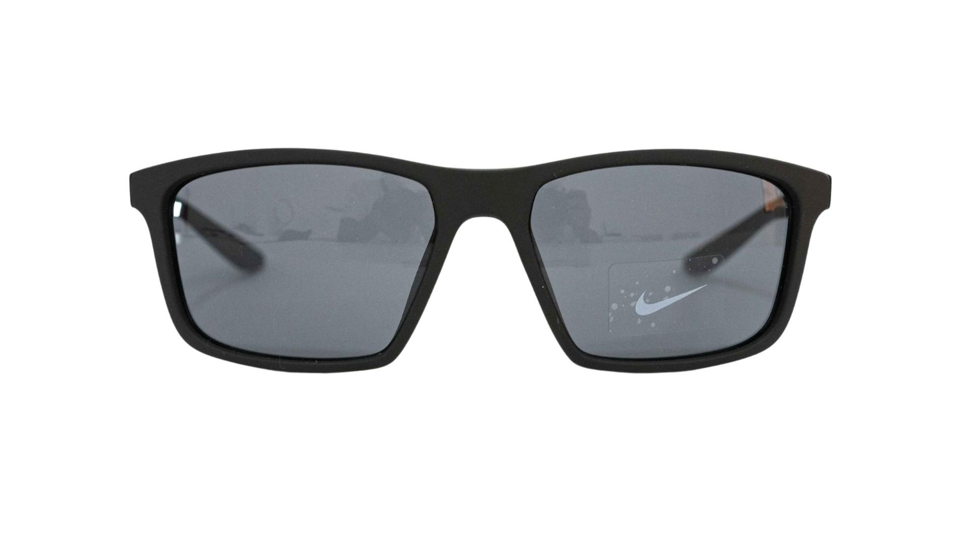 Óculos Nike Retangular CW4645 010 60 Preto